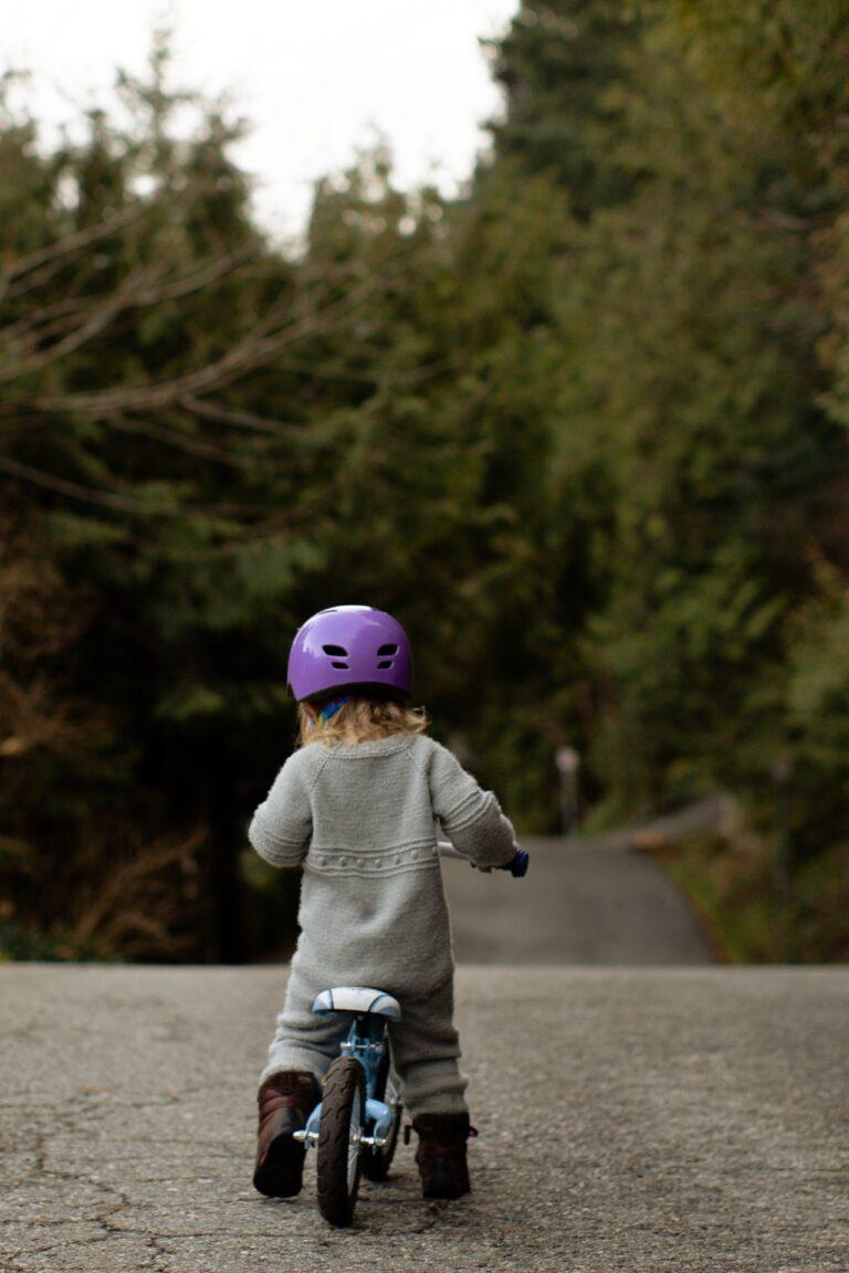 Barnets første cykel – styrk motorikken